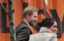 """Królowa Elżbieta chce pozbawić księcia Harry'ego praw do """"królewskiej"""" domeny"""